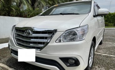 White Toyota Innova 2014 for sale in Automatic