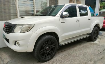 Sell Pearl White 2013 Toyota Hilux in Antipolo