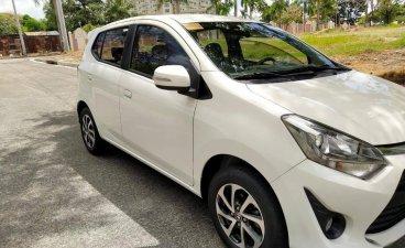Selling White Toyota Wigo 2018 in Quezon