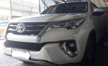 Selling White Toyota Fortuner 2021 in San Mateo