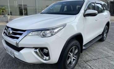 White Toyota Fortuner 2018 for sale in Manual