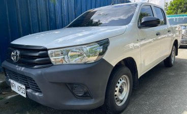 Selling White Toyota Hilux 2019 in Quezon