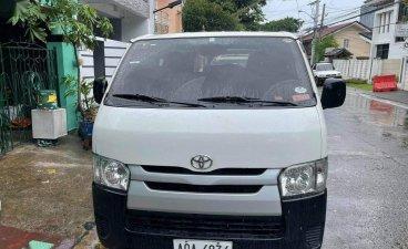 Sell Pearl White 2015 Toyota Hiace in Marikina