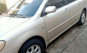 Selling Pearl White Toyota Corolla 2002 in Cainta