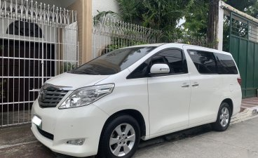 White Toyota Alphard 2012 for sale in Automatic