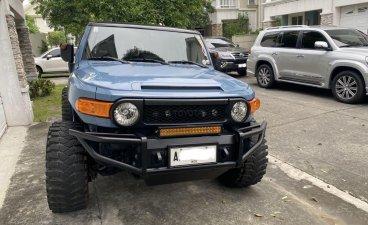 Blue Toyota Fj Cruiser 2015 for sale in Pasig