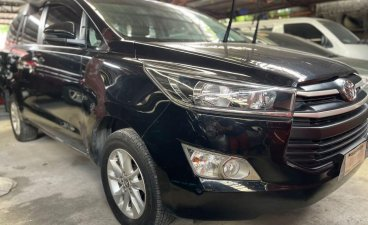 Selling Black Toyota Innova 2019 in Quezon