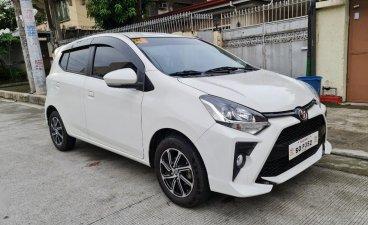 Selling White Toyota Wigo 2021 in Quezon