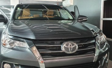 Selling Grey Toyota Fortuner 2016 in Parañaque