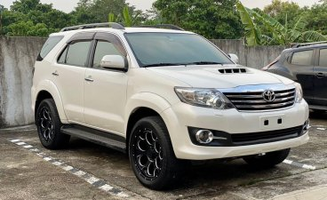 Pearl White Toyota Fortuner 2015 for sale in Balanga