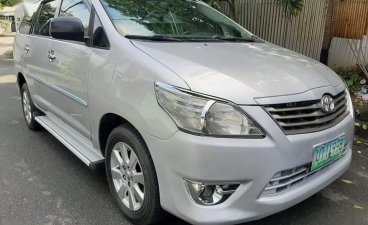 Selling Silver Toyota Innova 2012 in Quezon City