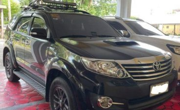 Selling Grayblack Toyota Fortuner 2015 in Guiguinto