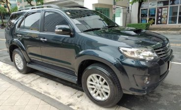 Selling Blue Toyota Fortuner 2013 in Makati