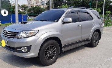 Selling Brightsilver Toyota Fortuner 2015 in Makati
