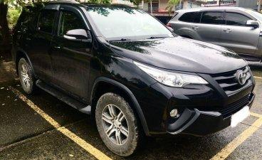 Selling Black Toyota Fortuner 2017 in Makati