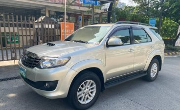 Selling Brightsilver Toyota Fortuner 2014 in Pasig