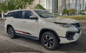 White Toyota Fortuner 2018 for sale in Antipolo