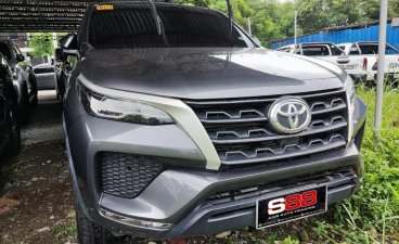 Selling Silver Toyota Fortuner 2021 in Quezon