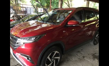 Selling Red Toyota Rush 2019 MPV