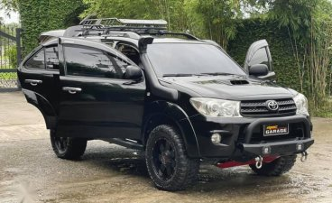 Selling Black Toyota Fortuner 2007 in Quezon