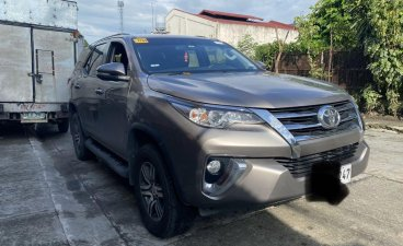 Selling Silver Toyota Fortuner 2016 in Las Piñas