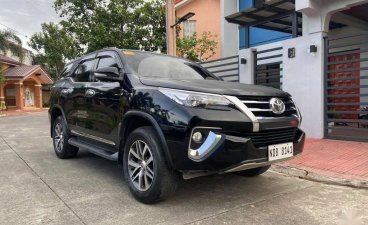 Black Toyota Fortuner 2016 for sale in Quezon