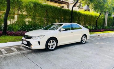 Sell White 2016 Toyota Camry in Taguig