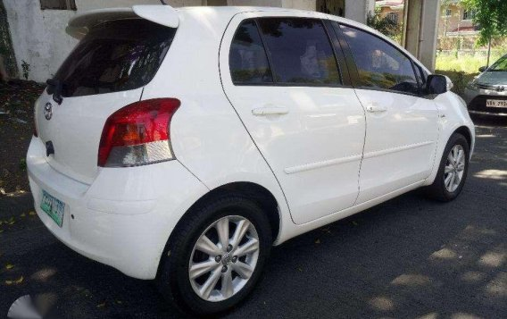Toyota Yaris 2010 1st Owned Automatic transmission-1