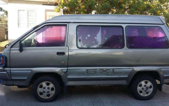 FOR SALE Toyota Lite Ace 93 model manual-9