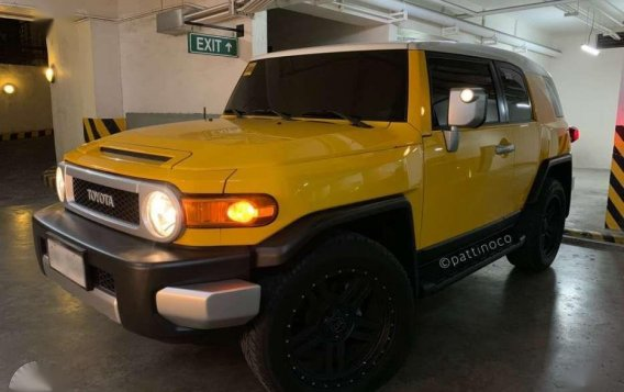 Toyota FJ CRUISER 2015 for sale -9