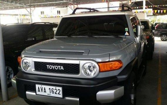 Toyota FJ Cruiser 2015 AT for sale -1