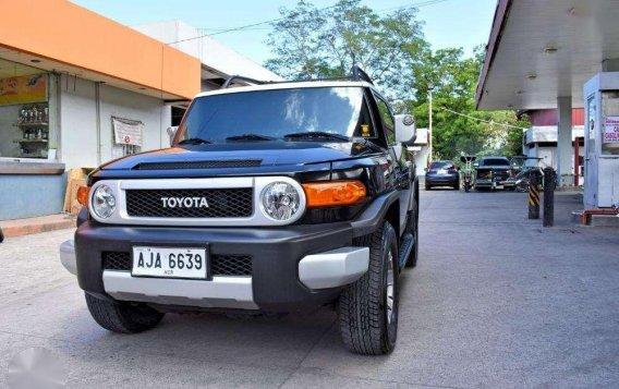 2015 Toyota FJ Cruiser Super Fresh 1.398m Batangas Area-1