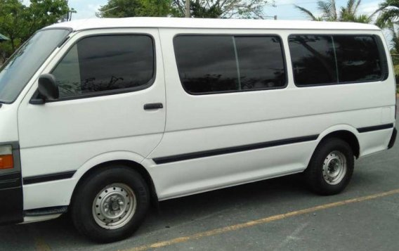 2004 Toyota Hiace For sale-4