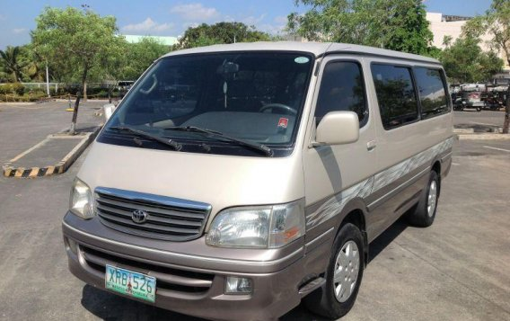 2004 Toyota Hiace For sale-1