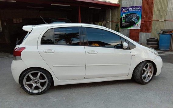 2010 Toyota Yaris for sale-3