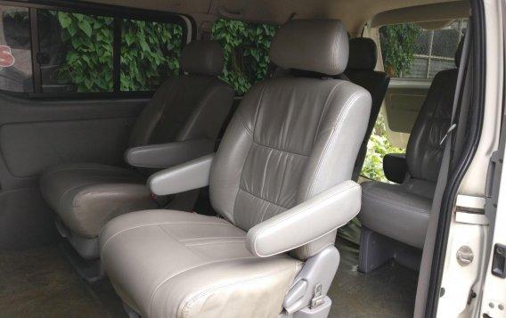 2007 Toyota Hiace Grandia for sale -3