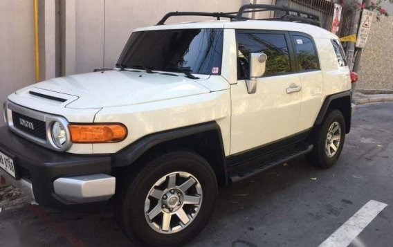 For sale 2015 Toyota Fj Cruiser Automatic Gasoline at 20000 km in Pasig