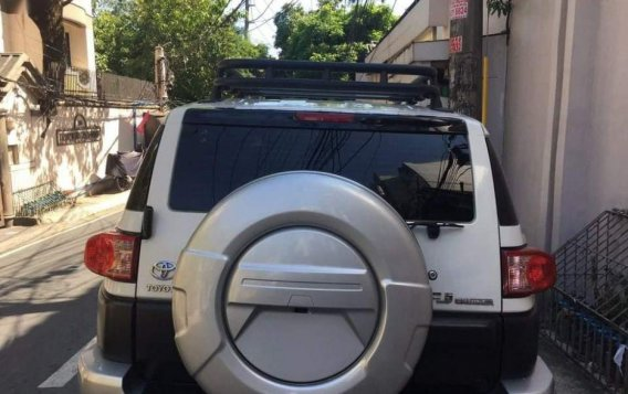 For sale 2015 Toyota Fj Cruiser Automatic Gasoline at 20000 km in Pasig-3