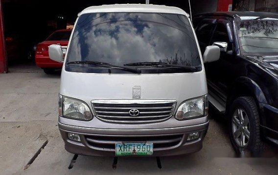 Selling Silver Toyota Hiace 2004 at 273282 km for sale-1
