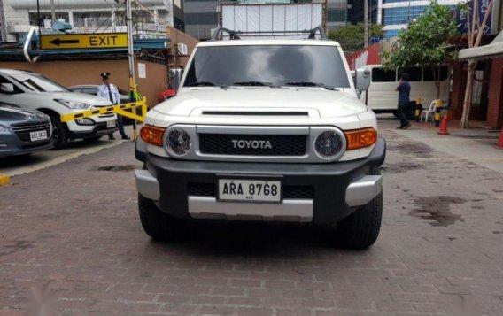 Selling 2nd Hand Toyota Fj Cruiser 2015 in Taguig