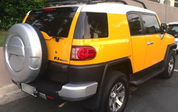 Selling 2nd Hand Toyota Fj Cruiser 2015 at 14000 km in Pasig-2