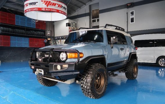 Sell Used 2015 Toyota Fj Cruiser at 45000 km in Quezon City-3
