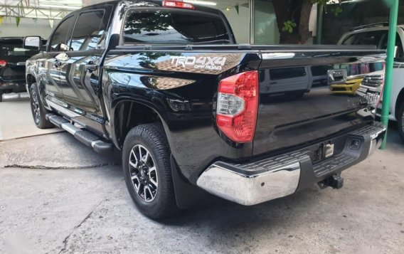 Selling Toyota Tundra 2019 in Quezon City-10