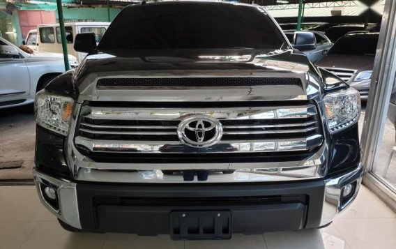 Selling Toyota Tundra 2019 in Quezon City-2