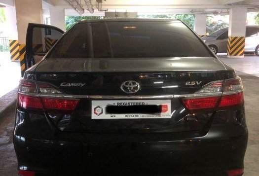 Selling Toyota Camry 2016 Automatic Gasoline in Parañaque-1