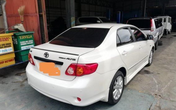 2009 Toyota Corolla Altis for sale in Quezon City-3
