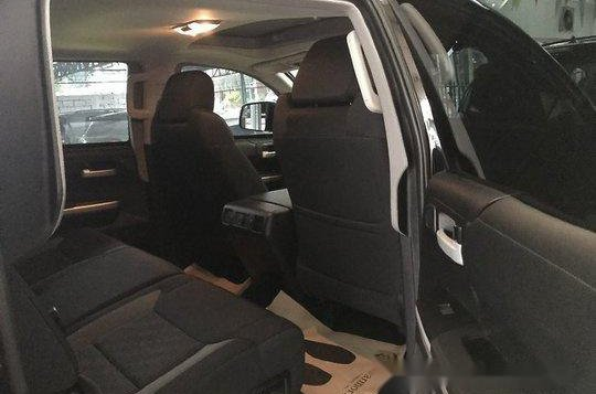 Selling Black Toyota Tundra 2019 in Quezon City -6