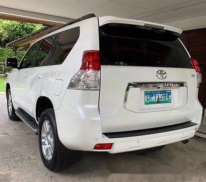 Selling White Toyota Land Cruiser Prado 2012 Automatic Gasoline at 58000 km-2
