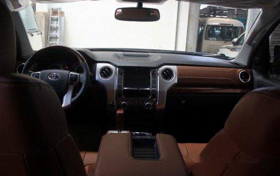 Black Toyota Tundra 2019 Automatic Gasoline for sale-10