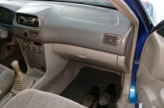 Selling Blue Toyota Corolla 2000 Manual Gasoline at 100000 km -4